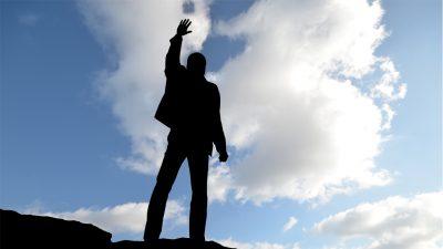 Never Surrender Thailand_อยากประสบความสำเร็จ เพียงแค่มองจากคนใกล้ตัว